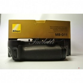 Nikon Multi-Power Battery Pack MB-D11 per D7000