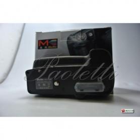Meike  Multi Power Battery Pack  per Nikon D7000