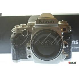 Nikon Df (Silver) Usata
