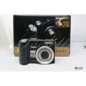 Nikon Coolpix P5000 Usata