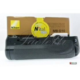 Nikon Multi-Power Battery Pack MB-D10 per Nikon D700 D300 D300s Usato