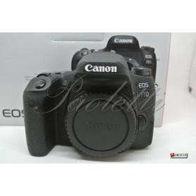 Canon Eos 77D Usata