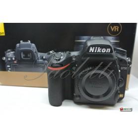 Nikon D750 Usata