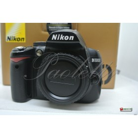 Nikon D3000 Usata